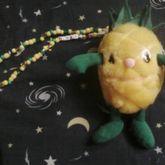 'Pineapple Hugs' Necklace